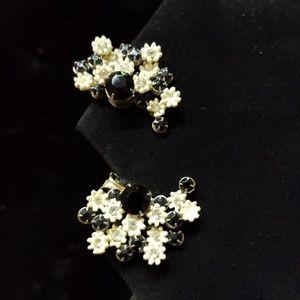 Vintage Black & White Clip-on Earrings
